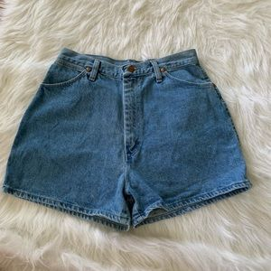 Vintage high-waist Wrangler mom jean shorts